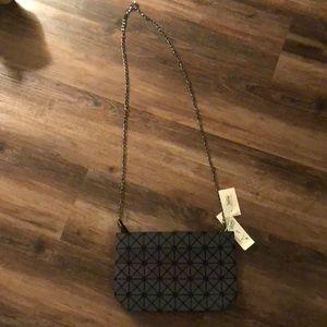 Handbags - NWT cross body vegan purse